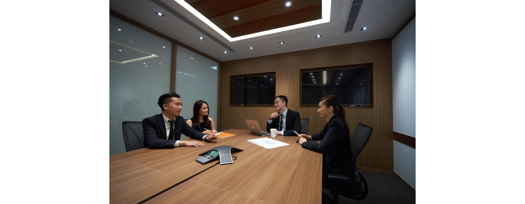 Hong Kong - Admiralty Tower - Video conferencing