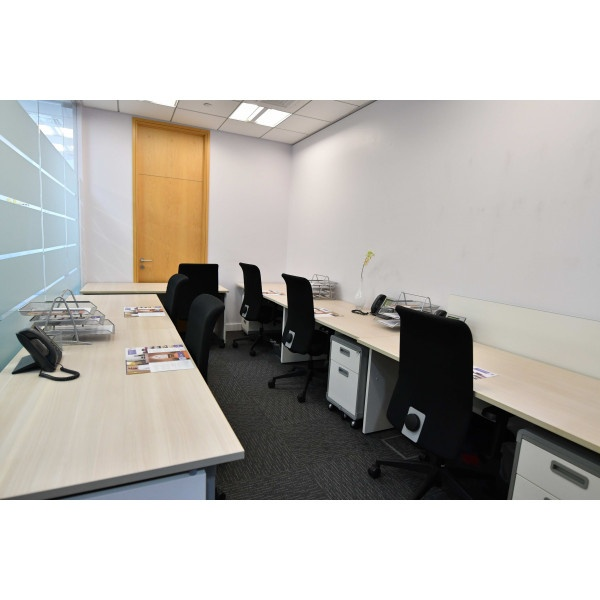 Abu Dhabi - Makeen Tower - Private Office