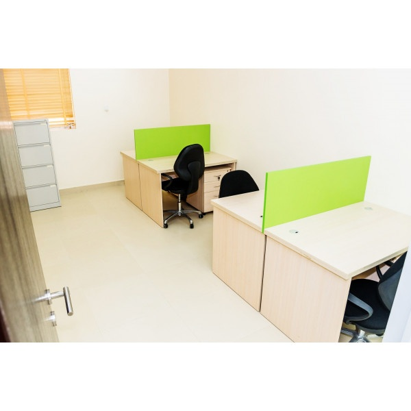 Lagos - Victoria Island - Desk Space