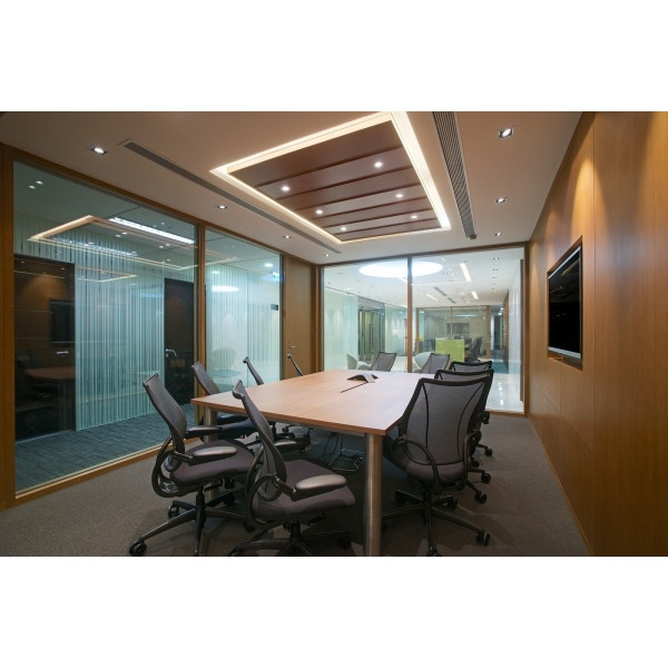 Hong Kong - Des Voeux Rd Central - Virtual office light