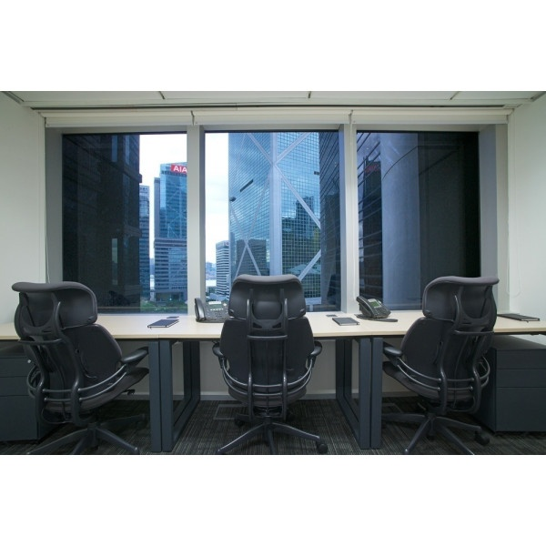 Hong Kong - Des Voeux Rd Central - Private Office