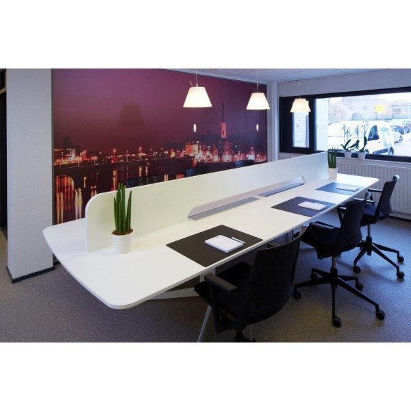 Hasselt - Holding - Desk Space